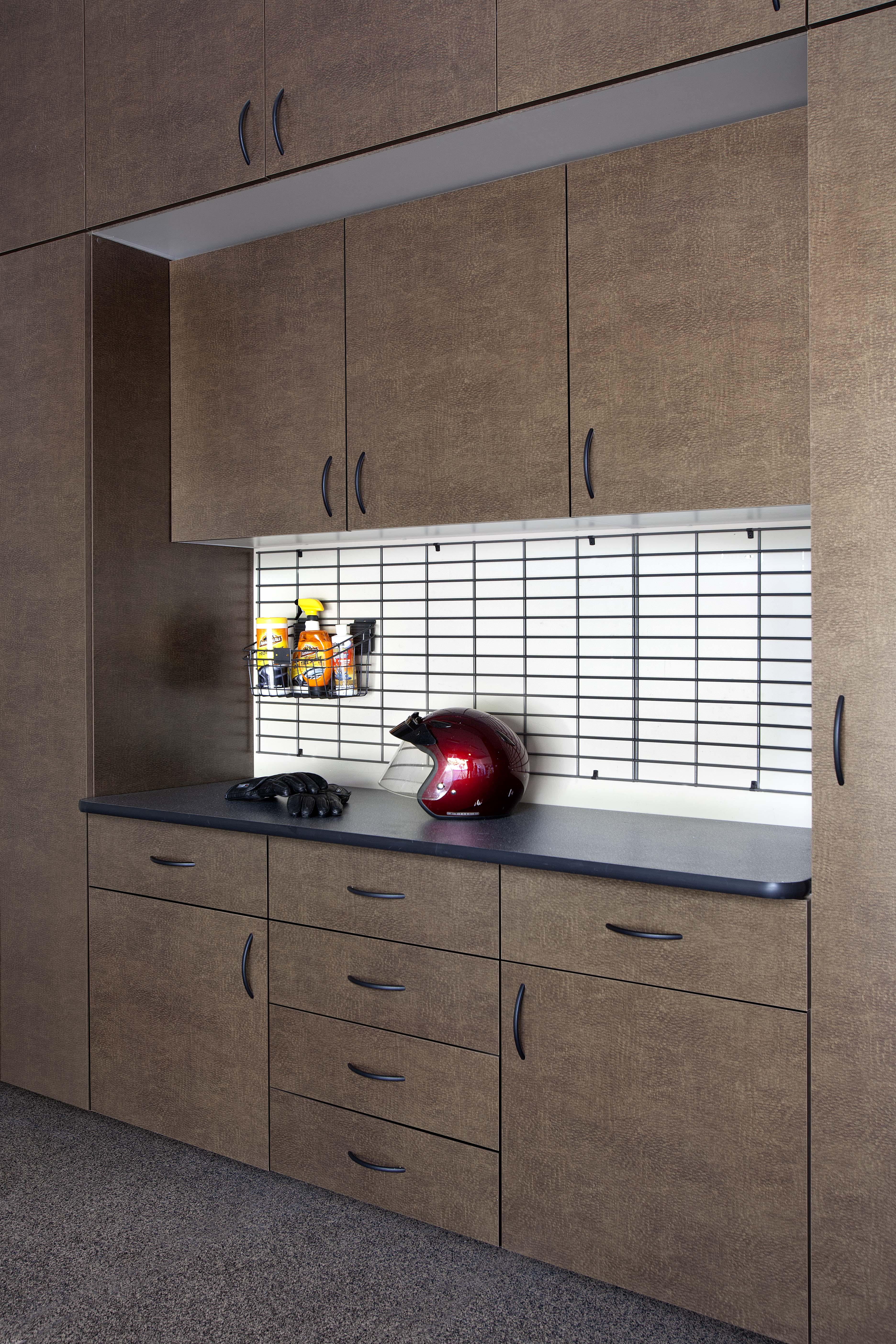 Bronze Cabinets w Grid Ebony Workbench