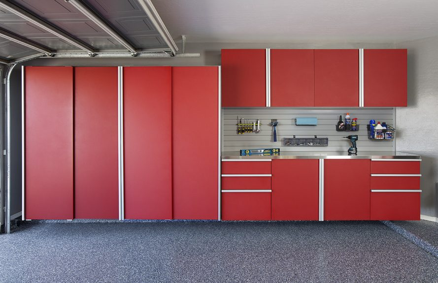 Red Cabinets Closed w Stainless Workbench-Grey Slatwall